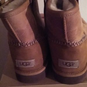 Leather Tan Ugg Boots